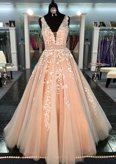 Modern Peach Prom Dress - V-neck Sleeveless Sweep Train with Appliques