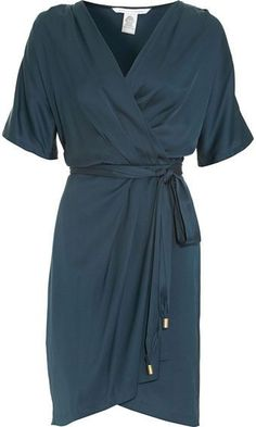 DVF wrap dress - so classic! I love the idea of a beautiful dress, however simple, to wear with complete conviction and confidence.