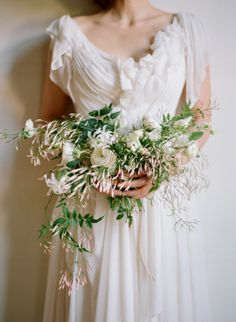 flowers by amy osaba | photo by elizabeth messina....oh i love jasmine!