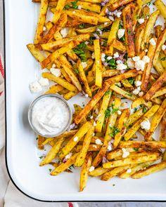 Greek Cucumber Sauce, Lemon Dill Sauce, French Fry Sauce, French Fries Recipe, Mediterranean Diet Recipes, Mediterranean Style, Greek Fries, Greek Seasoning, Lemon Potatoes