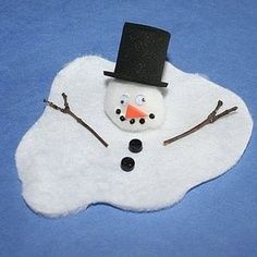 Preschool Crafts for Kids*: Funny Melted Snowman Christmas Craft Might make a good christmas card Funny Christmas Ornaments, Gag Gifts Christmas, Christmas Snowman, Kids Christmas, Christmas Trees, Christmas Decor, Winter Crafts For Kids, Winter Kids, Preschool Winter
