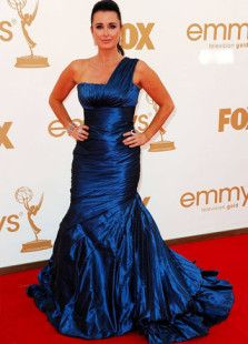 Royal Blue Mermaid Trumpet Kyle Richards One-Shoulder Emmy Awards Dress. Get substantial discounts up to 65% Off at Milanoo using Coupon & Promo Codes.
