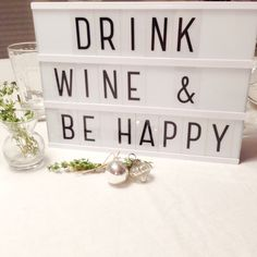 Sweet Talker, Licht Box, Light Board, Boxing Quotes, Wine Drinks, Picture Wall, Concept, Organization, Words