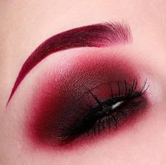 Red Obsessed! @laurabrady_mua used #VENUS for this eye-catching look