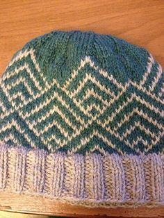 Ravelry: mrfyshe's a hat for me, pleeease Hat Patterns, Knitting Patterns, Knitting Projects, Crochet Projects, Crochet Cap, Yarn Ball, Knit Hats, Fair Isle Knitting, Knitting Accessories
