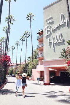 Girls' time at Beverly Hills Hotel | LA http://www.ohhcouture.com/2017/05/palm-springs-la-17/ #ohhcouture #leoniehanne