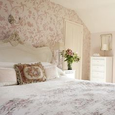 Country Bedrooms Ideas | Ideas for Home Garden Bedroom Kitchen - HomeIdeasMag.com