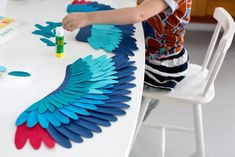 ptakty_diy_ladnebebe_18-2 copy Crow Costume, Parrot Costume, Diy Costumes, Halloween Costumes, Diy For Girls, Phoenix Costume, Aladdin Costume, Diy Wings, Bird Party