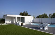 Modern poolhouse | Bogarden