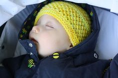 pattern 'Sleepy Eyes Knits' by Gina House and knit in a 10 ply worsted yarn.  FREE pattern download via Ravelry