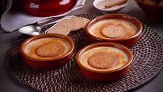 Dulce receta paso a paso de Natillas del convento decoradas con azúcar y canela, un postre tradicional elaborado en el programa Divinos pucheros.