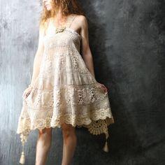 Romantic Beach Wedding Vintage Crochet Daisy Doily by MajikHorse