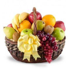 New fruit basket gift ideas mothers ideas Fruit Appetizers, Fruit Snacks, Fruit Recipes, Fruit Smoothies, New Fruit, Fresh Fruit, Sympathy Gift Baskets, Basket Gift, Fruit Basket Delivery