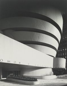 Guggenheim Museum, Frank Lloyd Wright, New York City, c. 1959 — Ezra Stoller