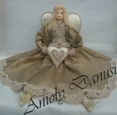 Contact/Kontakt: mail: danutaewa13@o2.pl Rękodzieło artystyczne anioły Angels lalki szmaciane lniane z materiałów naturalnych vintage szyte ręczni