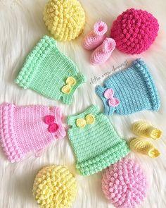 💙💖💛💚💗 . . Pıtırcık kızlarım güzel bi kombin yapıp da gelsiinn miii ???😍😍 Ayy hepsi çok cici olmadı mııı 🙈🙈☺️☺️☺️ . . . Sevgiler benden 😍❣️❣️❣️❣️ . . . . . . . . . #pıtırcıkbebek #örgübebek #amigurumi #amigurumilove #amigurumiaddict #handmade #knitting #knit #love #elemeği #sağlıklıoyuncak #örgü #happy #like4like #likeforlike #instalike #pink #blue #yellow #green #mutluyumçünkü #örgümüseviyorum #elifin_orgu_dunyasi