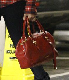 'Nina' actress Zoe Saldana arrives in Century City, California to film some interior scenes for a new movie on December 3rd, 2012.