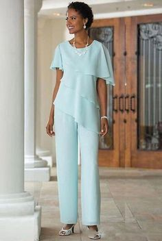 2018 New Mother of the Bride Dresses Pants Suits Wedding Guest Dress Silk Chiffon Short Sleeve Tiered Mother of Bride Pant Suits Custom Made Mother Of The Groom Suits, Mother Of Bride Outfits, Mother Of The Bride Gown, Mothers Dresses, Bride Dresses, Halter Dresses, Formal Dresses, Tunic Dresses, Dress Tops