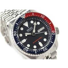 Seiko SKX009 Diver's Automatic Watch Review Best Watches For Men, Luxury Watches For Men, Cool Watches, Seiko Skx009, Seiko Watches, Seiko 5 Sports Automatic, Automatic Watch, Black Boys, Belts