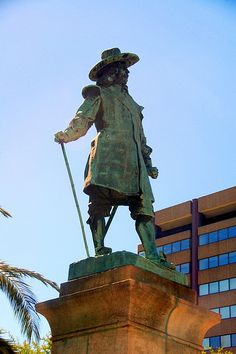 JAN VAN RIEBEECK By Dave Steward, Executive Director, FW de Klerk Foundation   Sunday, 6 April will be the 362nd anniversary of the arrival of Jan van Riebeeck in the Cape - and of the founding of our mother city - Cape Town.