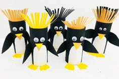 Paper roll penguin craft with paper roll - Kids Crafts - Mas & Pas Time: 10 mins Age: Toddlers to Little kids Difficulty: Easy peasy Easy Halloween Crafts, Fun Diy Crafts, Easy Paper Crafts, Easy Crafts For Kids, Crafts To Make, Arts And Crafts, Diy Paper, Toilet Roll Craft, Toilet Paper Roll Crafts