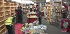 Foyles bookstore: 0,5 million books moved to new location