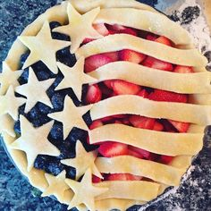 of July American Flag Pie Just Desserts, Delicious Desserts, Dessert Recipes, Yummy Food, Delicious Dishes, Summer Recipes, Holiday Recipes, Holiday Desserts, Yummy Treats