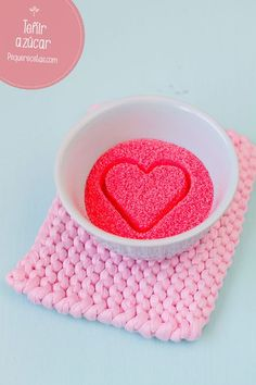 Cómo teñir azúcar, ¡una idea para decorar dulces!