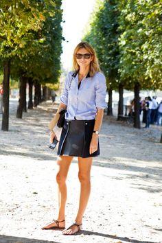 blue button down + black skirt + black sandals