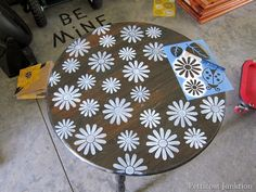 just cute for a generic stencil... stenciling with  Petticoat Junktion