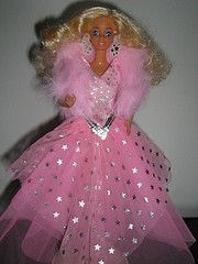 Super Star Barbie totally just had a flashback to my childhood when I saw this! 1980s Barbie, Barbie Toys, Barbie I, Barbie World, Vintage Barbie, Vintage Toys, Barbie Dress, Childhood Toys, Childhood Memories