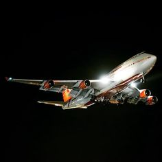 Flight Air India 1 Boeing (VT-EVB) Carrying the Indian Prime Minister Narendra Modi. Boeing 747 400, Jumbo Jet, Passenger Aircraft, Air India, Airbus A380, Nikon D800, Camera Nikon, World Pictures, Prime Minister