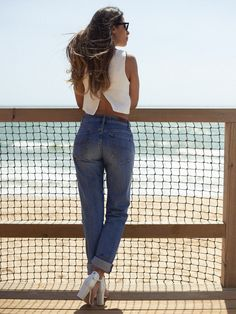 Let's meet up ... Daughter Jeans + Crop Top <3 What a match!