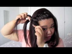 Hair tutorial: How to do a front braid! - Hair tutorial: How to do a front braid! Hair tutorial: How to do a front braid! Best tutorial on a front braid I have found-so easy to understand what to do if you are hair challenged like me! Braid Front Of Hair, Front French Braids, Front Side Braids, French Braided Bangs, French Braid Ponytail, French Braid Hairstyles, Braided Hairstyles Tutorials, Braids For Short Hair, Easy Hairstyles