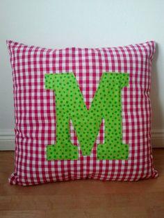 Selfmade Initial Pillow #pillow #diy #sewing #initial #fabric