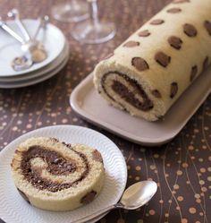 Photo de la recette : Gâteau roulé imprimé Léopard à la mousse au chocolat praliné