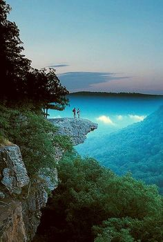 Whitaker Point Trail (Hawksbill Crag) Buffalo Outdoor Center, Ponca, Arkansas