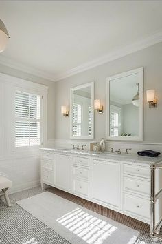 Best White Paint Color For Bathroom