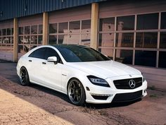 IND Mercedes Benz CLS63 (C218) AMG 2012 Pictures