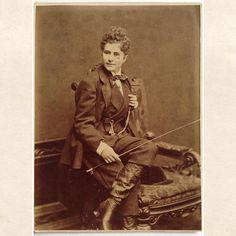 Unidentified sitter (an actress ?) (cabinet photo: Rudolf Krziwanek, Vienna, circa 1880)