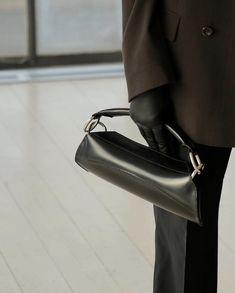 Unique Handbags, Stylish Handbags, Cute Bags, New Bag, Luxury Bags, Small Bags, Tote Handbags, Handbag Accessories, Fashion Bags