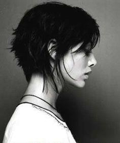 38 Funky Hairstyles for Short Hair Hair Makeup Funky hair Hairstyles Short girl Short Bob Hairstyles, Cool Hairstyles, Hairstyles 2018, French Hairstyles, Hot Haircuts, Teenage Hairstyles, Latest Hairstyles, Natalie Imbruglia, Great Hair