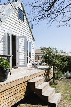 Flop House Timber Deck | © Tara Pearce | Est Magazine