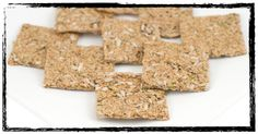 This gluten free,vegan and raw food recipe for garlic rosemary flax crackers is as versatile as it is delicious. By San Diego raw food chef Joy Houston Candida Diet Recipes, Raw Vegan Recipes, Vegan Snacks, Healthy Snacks, Paleo, Toaster Oven Cooking, Raw Garlic, Vegan Comfort Food, Dehydrated Food