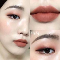New nature beauty makeup eyeliner 15 ideas Korean Makeup Tips, Asian Eye Makeup, Korean Makeup Tutorials, Korean Beauty, Asian Beauty, Korean Natural Makeup, Korean Makeup Look, Eyeshadow Tutorials, Eyeliner Tutorial