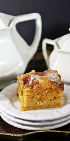Sweet Potato Coffee Cake - Roasted sweet potatoes transformed into a delicious coffee cake with a cinnamon and brown sugar topping. Recipes Food and Cooking