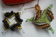 Free DIY tutorial - another picture of the gimlet beaded bead tutorial