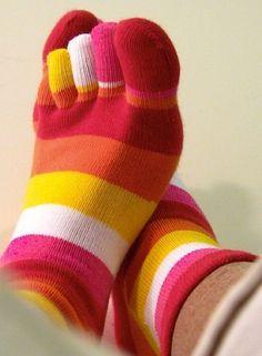 Latex toe socks toesocks pinterest for Hardwood floors hurt feet