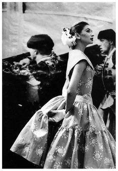 Suzy Parker in a dress by Carolyn Schnurer, photo by Lillian Bassman, Harper's Bazaar, April 1955