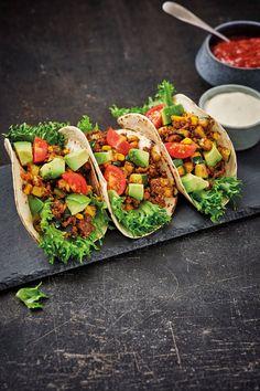Vegan Dinner Recipes, Good Healthy Recipes, Vegan Dinners, Healthy Drinks, Healthy Snacks, Tapas, Mediterranean Recipes, Food Cravings, Soul Food